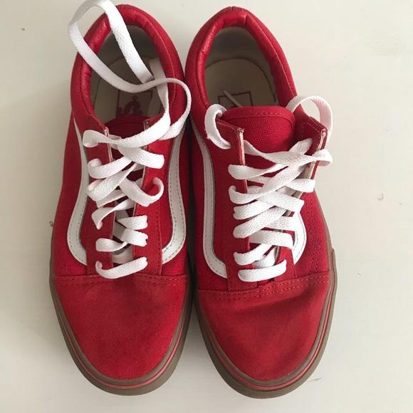 4d932513fb Vans old skool red white gum sole size 5 mens 6.5W. Vans.  M 5b3861ed0cb5aab59de3f9ad. M 5b3861f1a5d7c618c828232c.  M 5b3861f27386bca6ac6f45d1